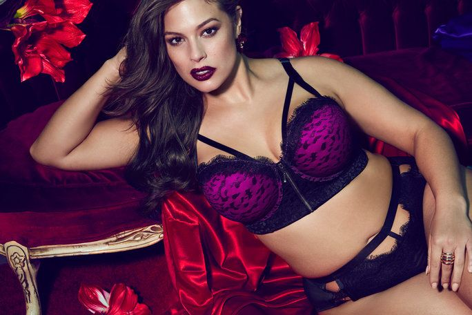 Ashley Graham Addition Elle Campaign - Lead 2017