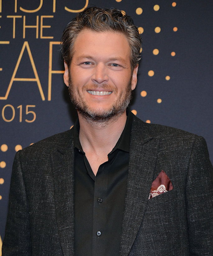 Registrazione Artist Blake Shelton arrives at CMT Artists of the Year 2015 at Schermerhorn Symphony Center on December 2, 2015 in Nashville, Tennessee.