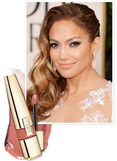 Jennifer Lopez topped off her smokey eye with a nude lip at the Golden Globes