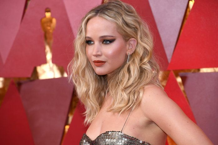 Jennifer Lawrence Rarely Has Sex
