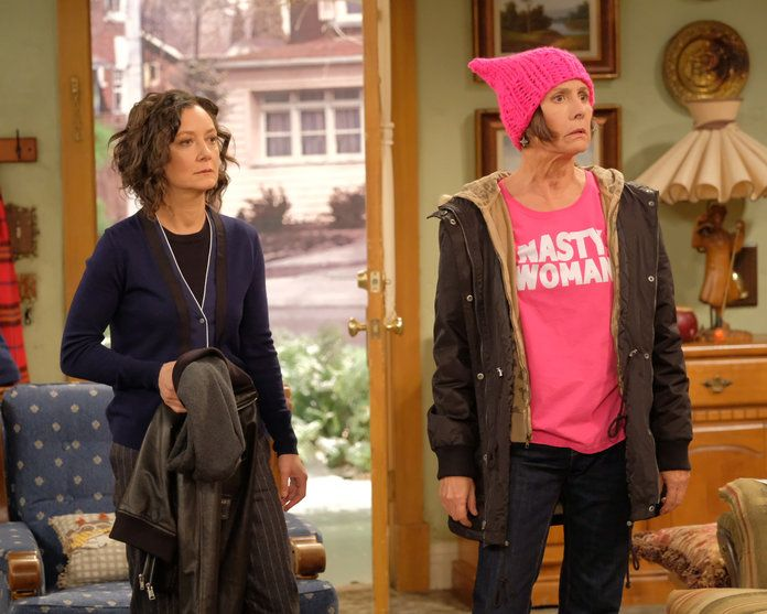 sara Gilbert and Laurie Metcalfe