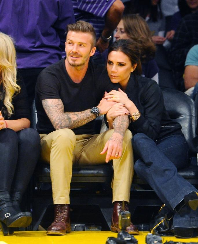celebrity At The Lakers Game