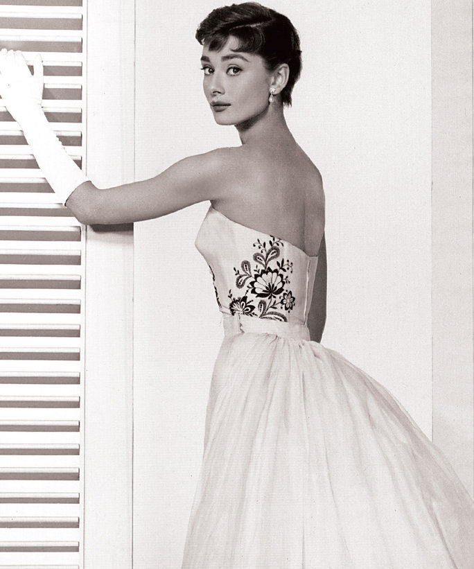 Audrey Hepburn & Givenchy - LEAD