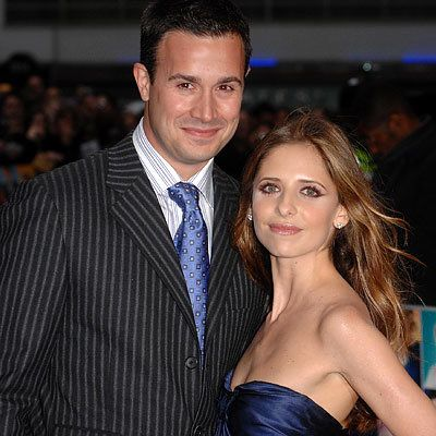 Sarah Michelle Gellar - Freddie Prinze Jr. - Hollywood's Hottest Moms - Who's Expecting - Hollywood's Newest Moms
