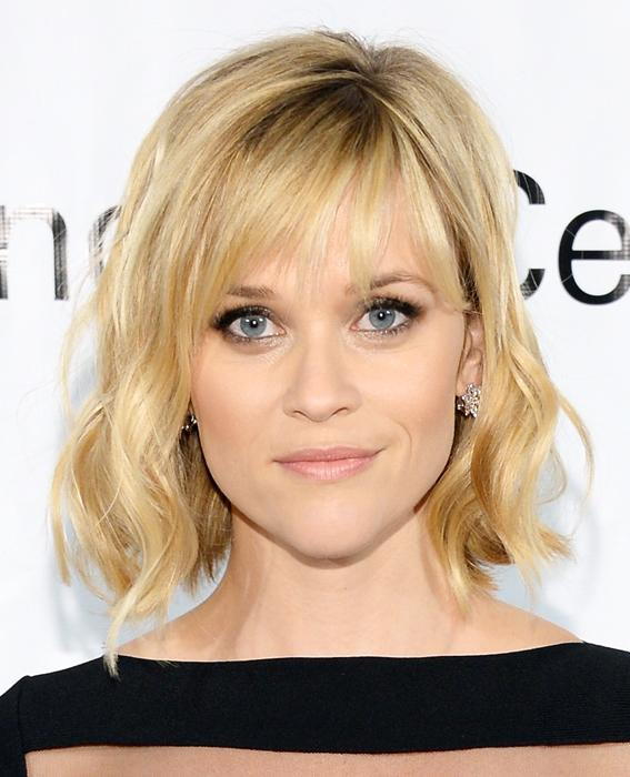 Reese Witherspoon wavy short hair with bangs