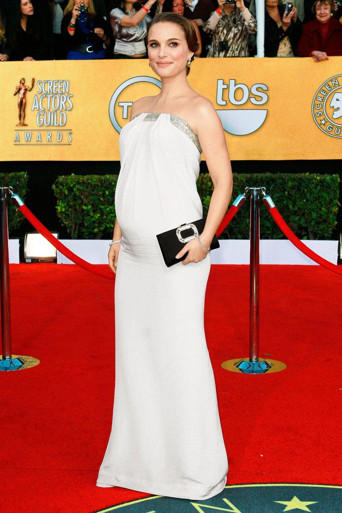 v Azzaro at the SAG Awards in L.A. (2011)