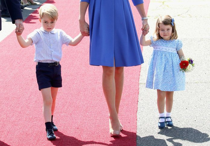 Principe George and Princess Charlotte of England