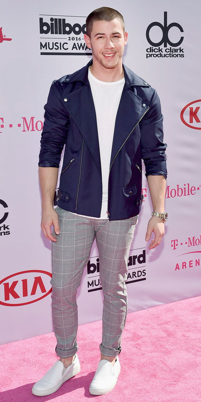 Penyanyi Nick Jonas attends the 2016 Billboard Music Awards at T-Mobile Arena on May 22, 2016 in Las Vegas, Nevada.
