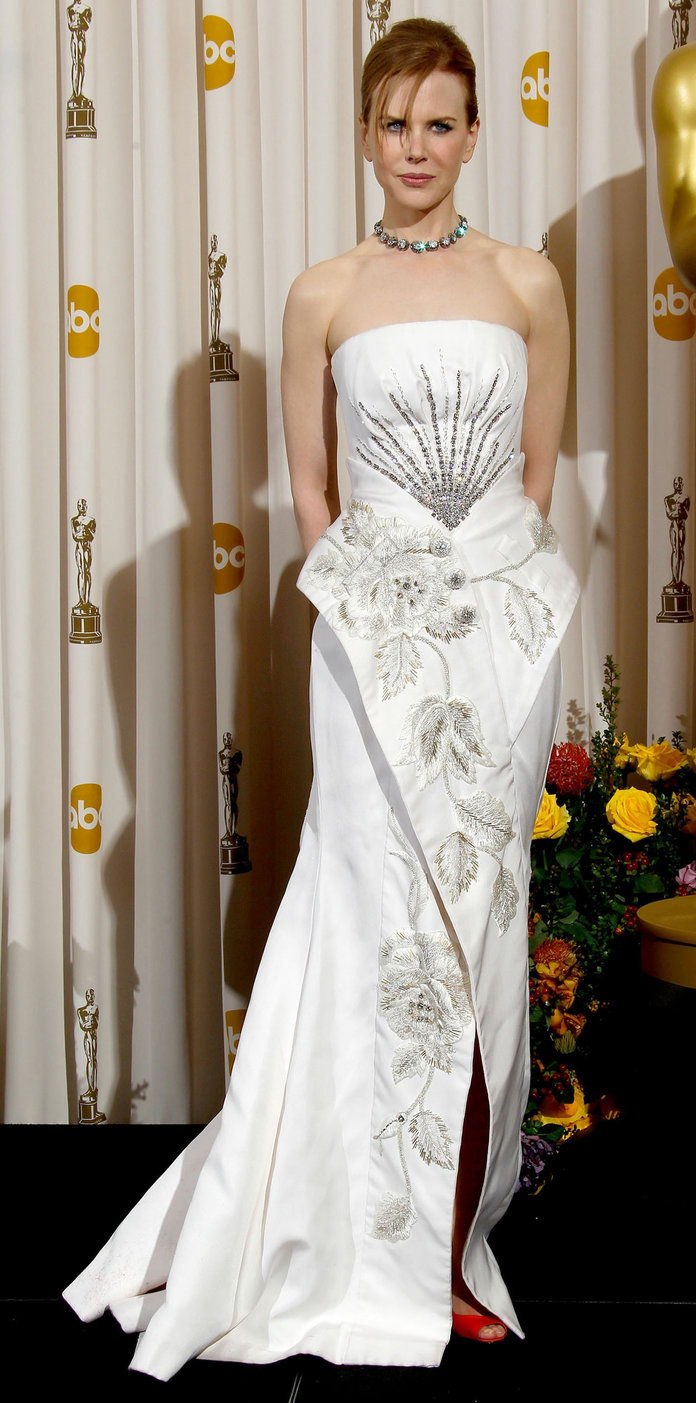 nel Dior Haute Couture at the Oscars (2011)