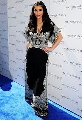 Kim Kardashian's Tips for Dressing a Curvy Body - Stay Away From Flowy Tops and Dresses