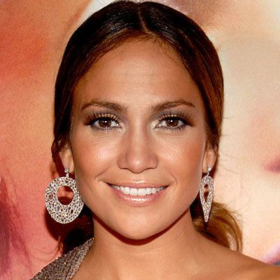 Jennifer Lopez, Lopez, Jlo, mascara, eyelashes, eyelash, maybelline, makeup, daily beauty flash