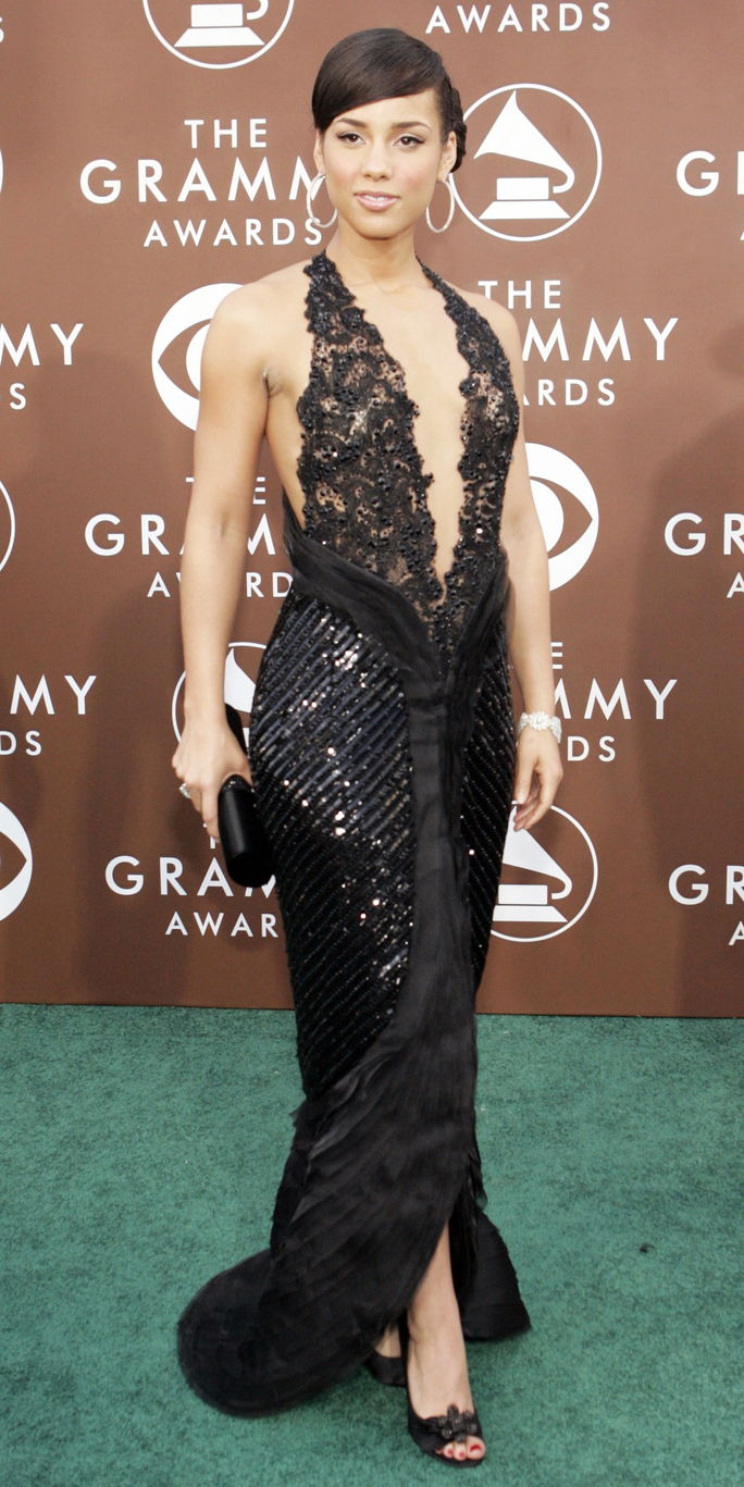 spevák Alicia Keys poses at Grammy Awards in Los Angeles