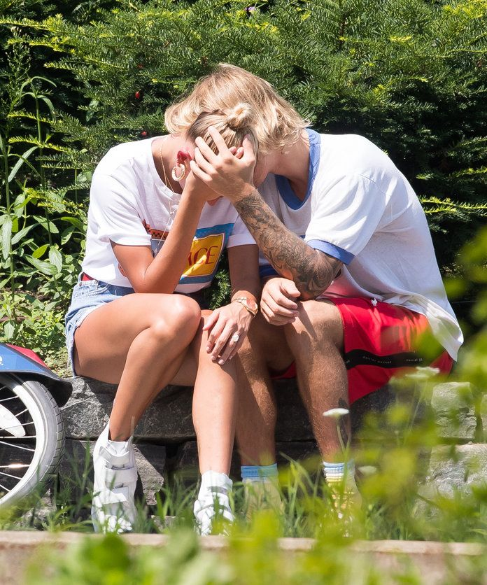 Justin Bieber and Hailey Baldwin Crying - Slide 3