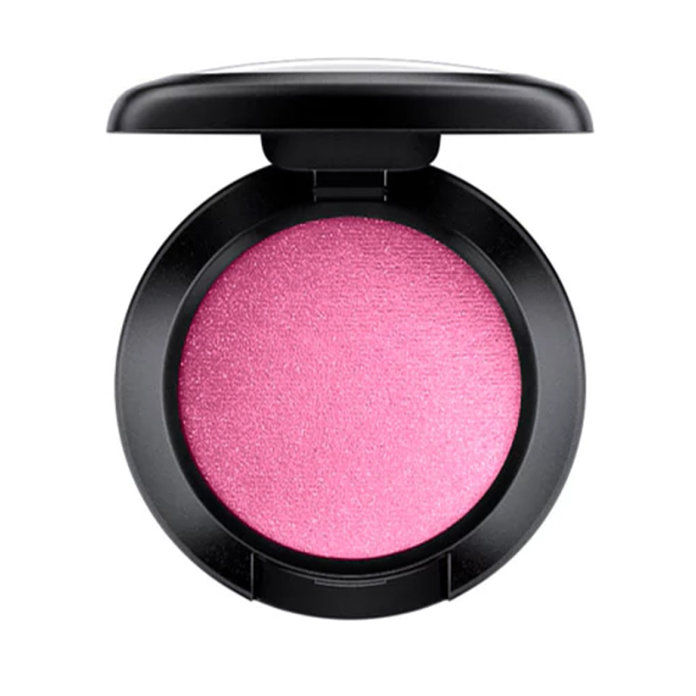 Olivový Complexions: MAC Eyeshadow in Cherry Topped