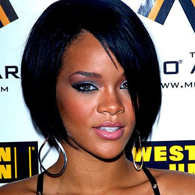 Rihanna, eye shadow, makeup,beauty, hair, daily beauty flash