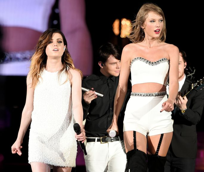 Taylor Swift The 1989 World Tour Live In Philadelphia - Night 1