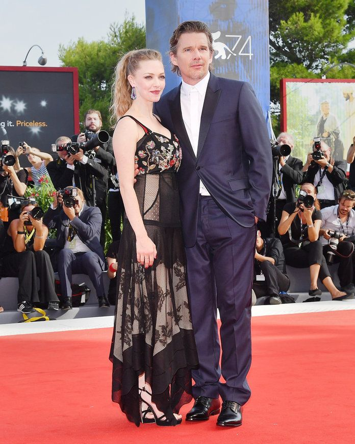 Amanda Seyfried and Ethan Hawke