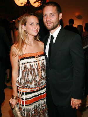 Tobey Maguire, Jennifer Meyer, Who's Expecting?