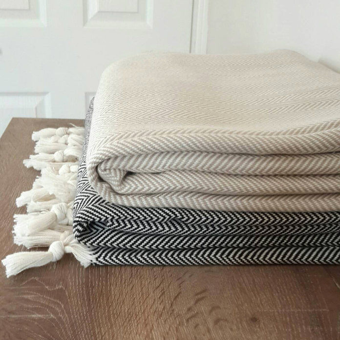 CottonMood - Throw Blanket