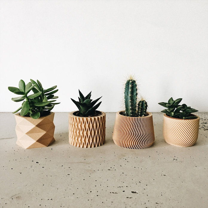 Reka bentuk minimum - Set of 4 Small Geometric Pots / Planters
