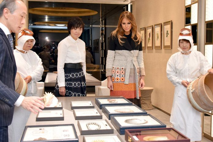 Melania Trump Japan EMBED