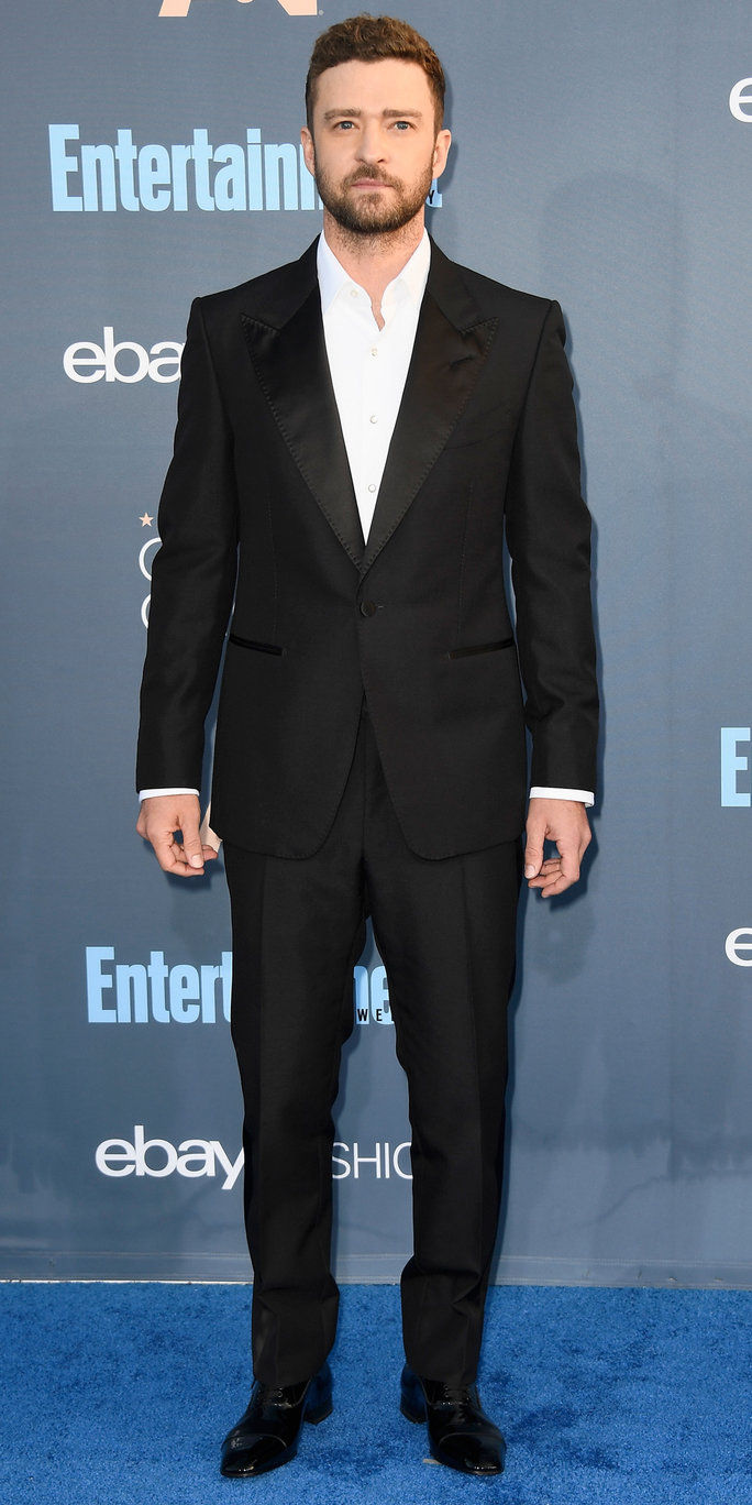 herec Justin Timberlake attends The 22nd Annual Critics' Choice Awards at Barker Hangar on December 11, 2016 in Santa Monica, California.