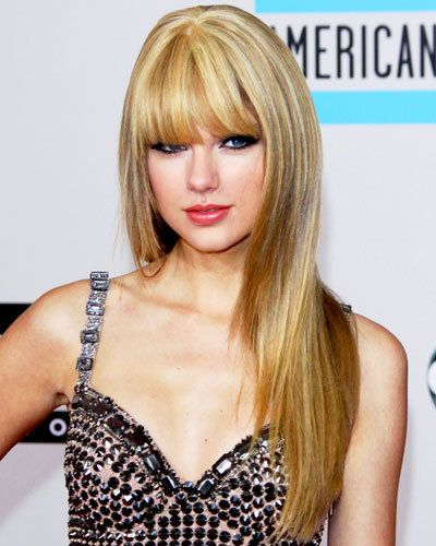 # 2 Taylor Swift's Faux Bangs