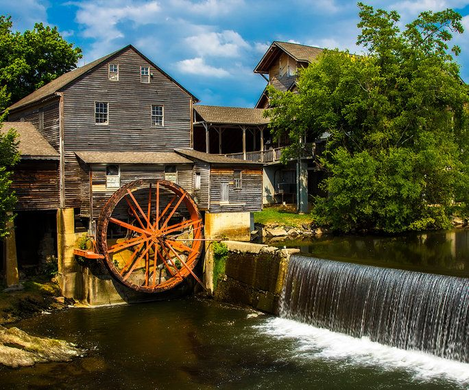 Merpati Forge, Tennessee