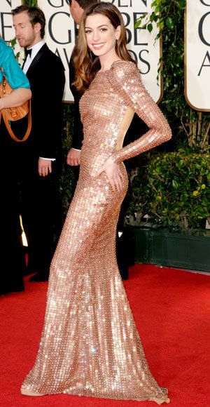 anne Hathaway - The Best Golden Globes Gowns of All Time - Armani Prive