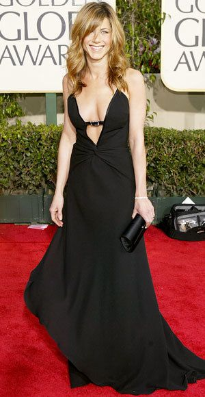 Jennifer Aniston - The Best Golden Globes Gowns of All Time - Valentino