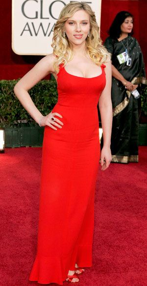 Scarlett Johansson - The Best Golden Globes Gowns of All Time - Valentino