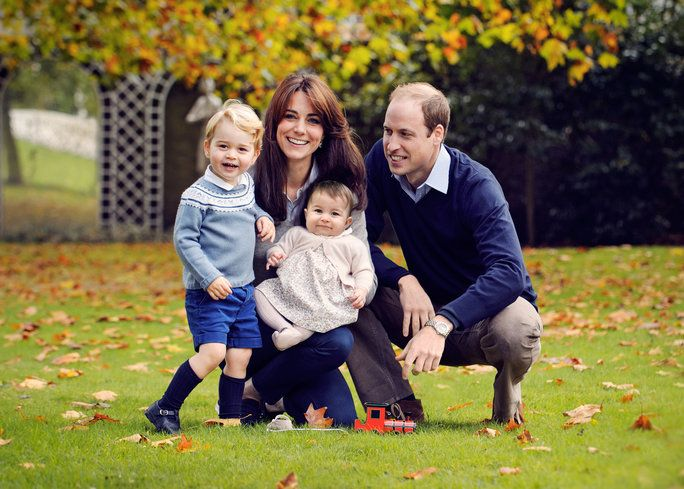 questo undated handout image provided by Kensington Palace on December 18, 2015 shows Prince William, Duke of Cambridge and Catherine, Duchess of Cambridge with their children, Prince George and Princess Charlotte, in a photograph taken late October at Kens