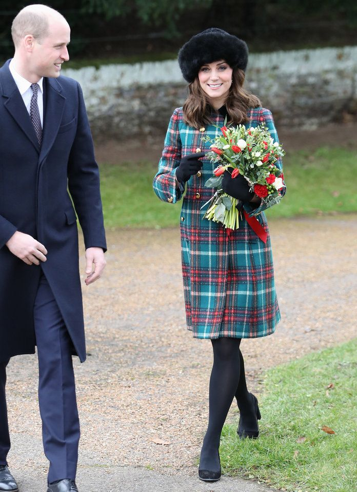 Kate Middleton Christmas Day - EMBED 01