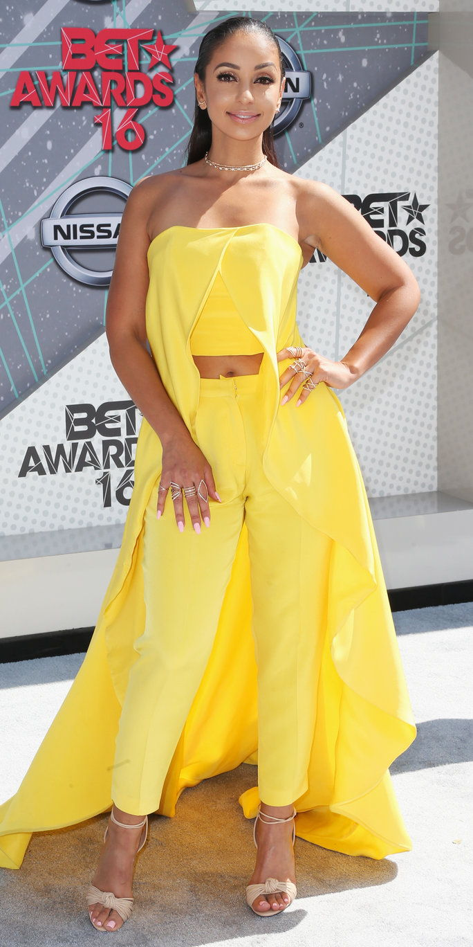 spevák Mya attends the 2016 BET Awards at the Microsoft Theater on June 26, 2016 in Los Angeles, California.