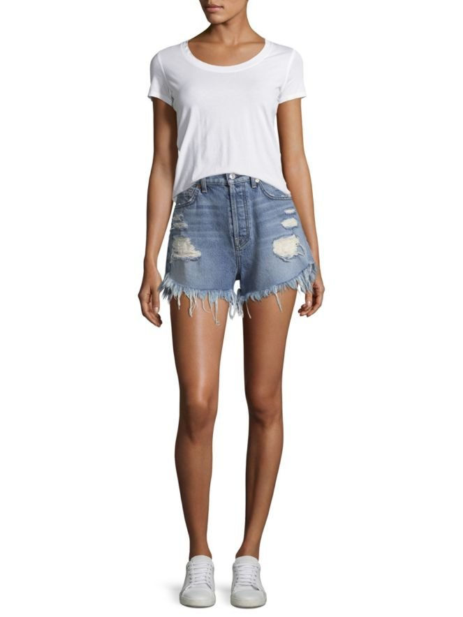 A vita alta Distressed Cutoff Shorts