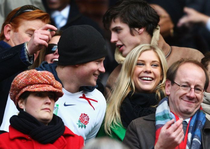 Principe Harry and Chelsy Davy lead