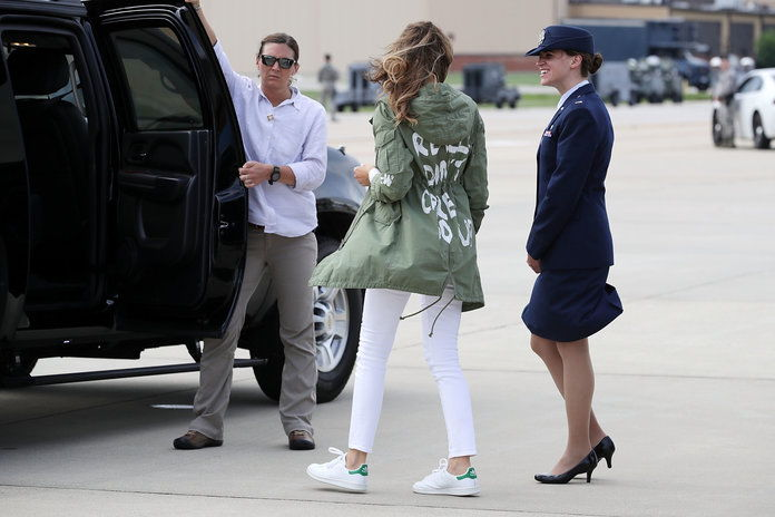 najprv Lady Melania Trump Visits Immigrant Detention Center On U.S. Border